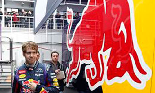 Vettel pide disculpas a Red Bull