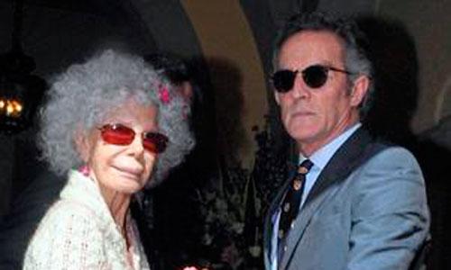 La duquesa de Alba, hospitalizada en Roma tras una caída