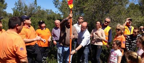 Una bandera de Mallorca ondea en el 'punt zero' de la isla