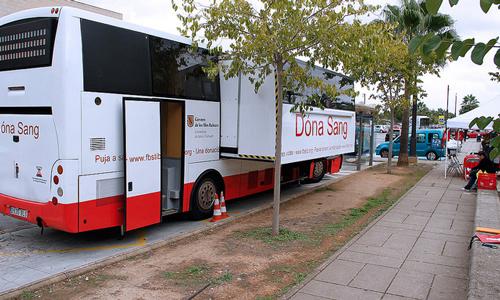 I Maratón de Donación de Sangre en Son Castelló y Ca'n Valero