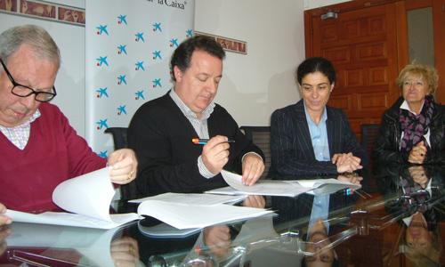 Ajuntament d'Inca y La Caixa renuevan el programa