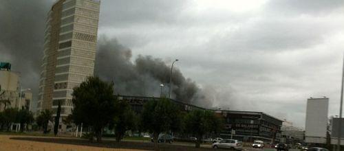 Grandes incendios en el Polígono de Son Castelló y en Mercapalma