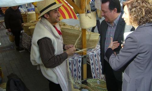 Inca incorpora un mercado artesanal y campesino