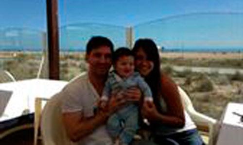 Leo Messi presenta a su hijo en público