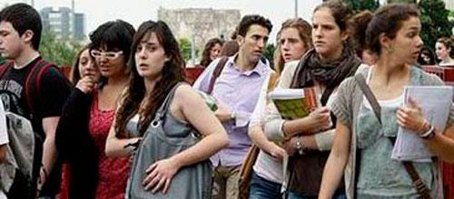 Seis de cada diez jóvenes de Baleares están registrados en el paro