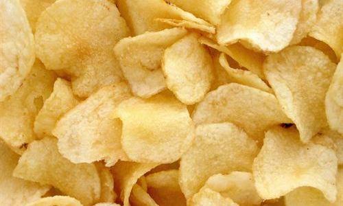 Descubierto por qué comer patatas fritas es irresistible