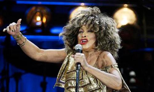 Tina Turner aprueba el examen y ya es suiza
