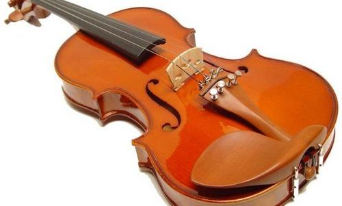 Un joven roba tres violines en la Escolanía de Lluc