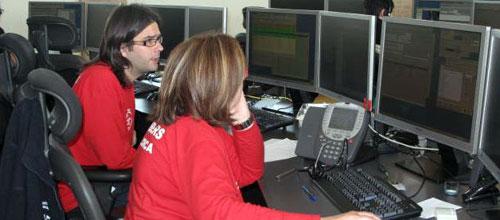 El 112 incorpora ocho gestores telefónicos de los bomberos