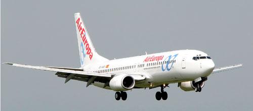 Air Europa y Air Nostrum se reparten el Palma-Santiago que deja Air Berlin