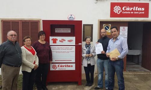 Ses Salines entrega 1.200 euros en Cáritas para acciones sociales