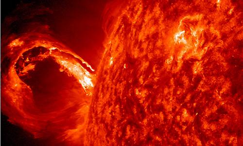 La NASA filma una gigantesca y peligrosa erupción solar