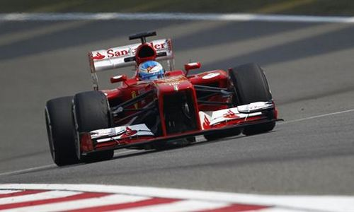Alonso vuela en Montmeló