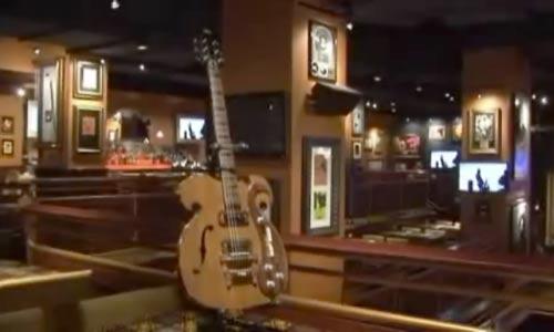 Una guitarra de los Beatles sale a subasta por 280.000 euros