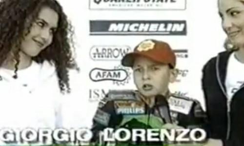 Las redes sociales recuerdan a Lorenzo sus adelantamientos