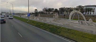 Dos heridos graves en un accidente en el Paseo Marítimo