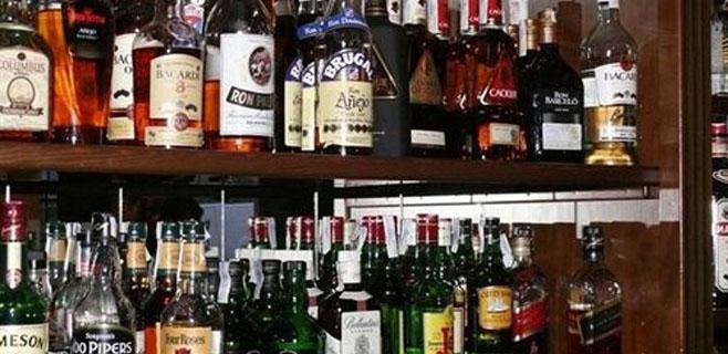 Suben los impuestos que gravan el alcohol y el tabaco