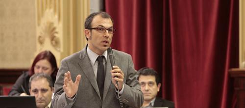 Més lleva a Fiscalía al Govern por los despidos declarados nulos