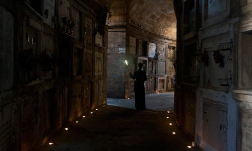 El espectáculo Ángeles y Sombras vuelve al cementerio de Palma