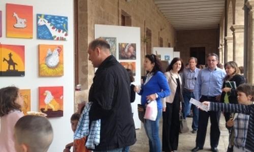 El patio de la Misericòrdia acoge una exposición de 'siurells'