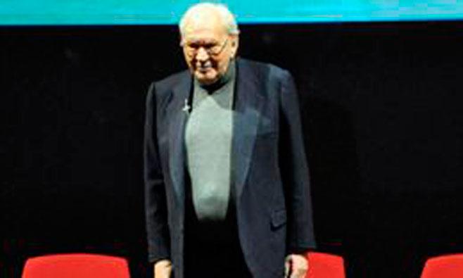 Fallece el director teatral Miguel Narros
