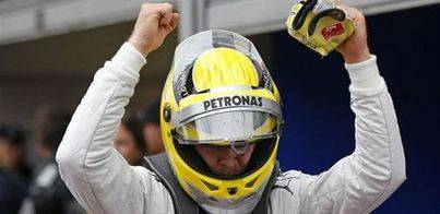 Rosberg conquista Silverstone