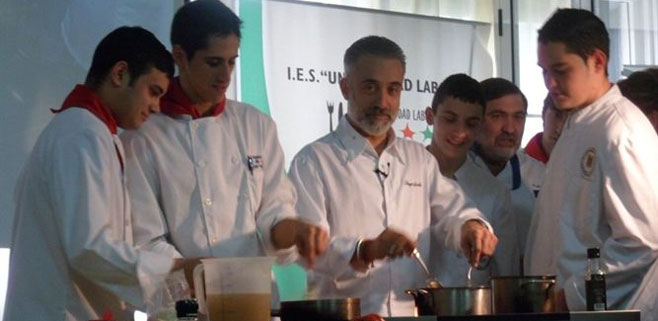 Hacienda precinta un restaurante de sergi arola for Restaurante sergi arola madrid