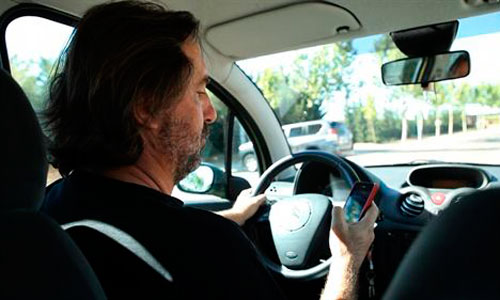 Tráfico intensifica la vigilancia sobre el uso del móvil