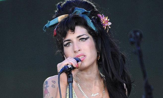Amy Winehouse murió por su bulimia