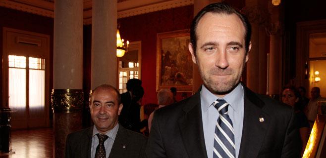 Bauzá asegura que Rajoy genera más confianza que Bárcenas