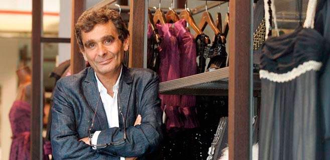 Adolfo Domínguez cierra doce tiendas en España y Portugal