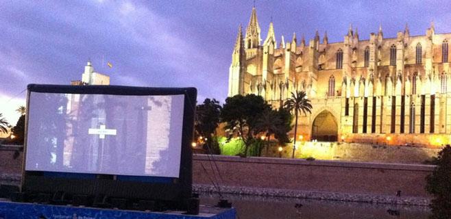 Cinema a la Fresca cumple 25 años en el Parc de la Mar
