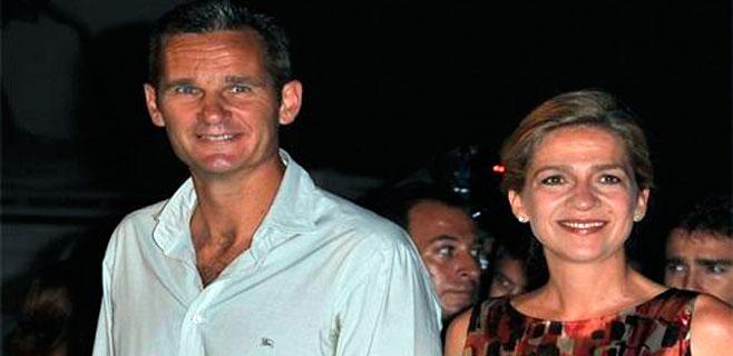 Cristina, de cena con Iñaki tras dejar a los niños en Palma