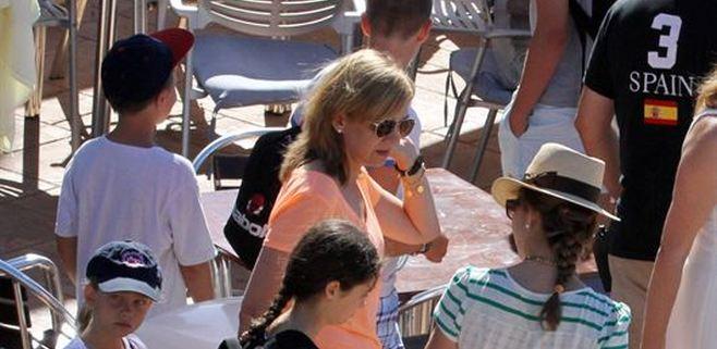 La infanta Cristina vuelve a Mallorca con sus hijos