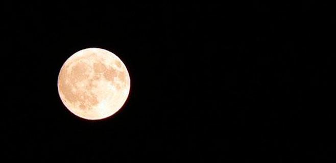 La luna llena afecta al sueño