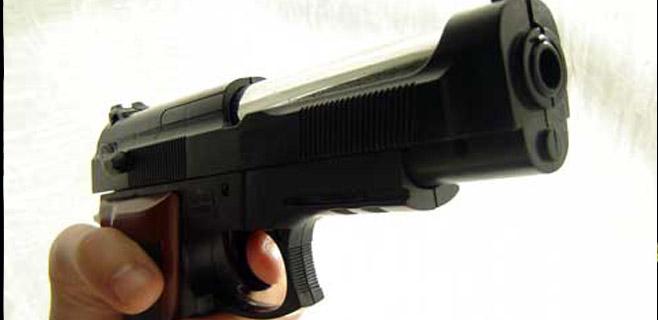 Detenido un hombre en Manacor por amenazar a su vecina con una pistola