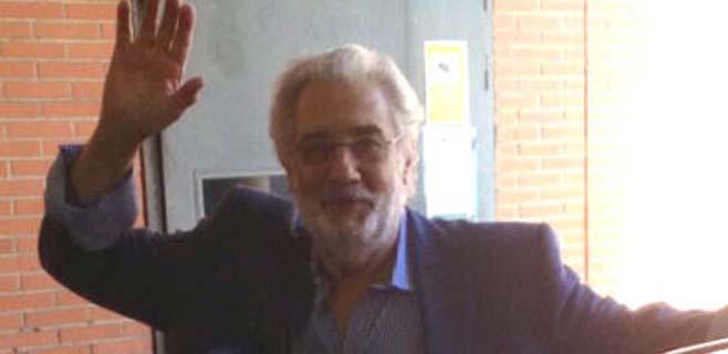 Plácido Domingo sale del Hospital