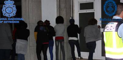 Identificadas 13 prostitutas niegerianas por robar a turistas en Platja de Palma