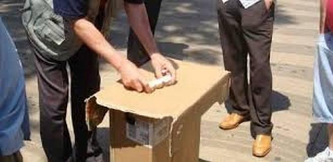 La Policía Local comunica a 3 collas de trileros que les va caer el peso de la ley