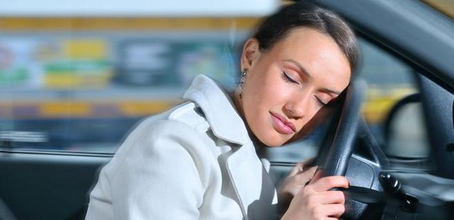 Una mujer sonambula conduce 300 km dormida