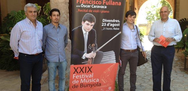 Francisco Fullana en concierto en Bunyola