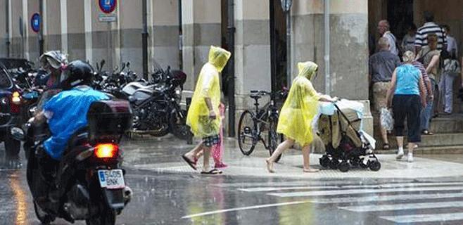 Alerta naranja en Mallorca por lluvias localmente muy fuertes este sábado