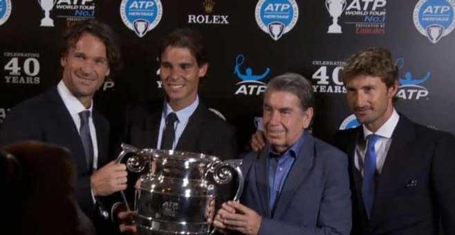 Nadal y Moyá, en la fiesta homenaje a los grandes del tenis