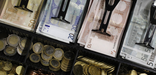 Baleares lidera la bajada de los impagos en el comercio con un 70,2%
