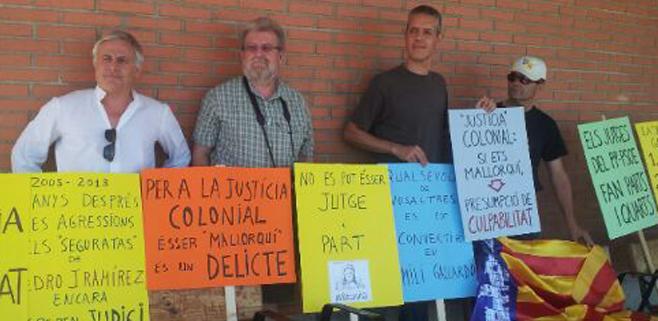 El Lobby protagoniza una protesta contra la politización de la justicia