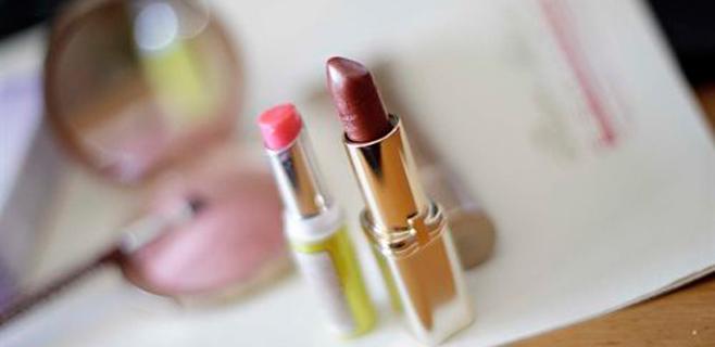 El polvo de argán en cosméticos, relacionado con el asma