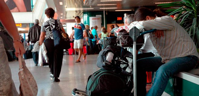Baleares pierde cuatro ciudadanos cada día porque emigran al extranjero