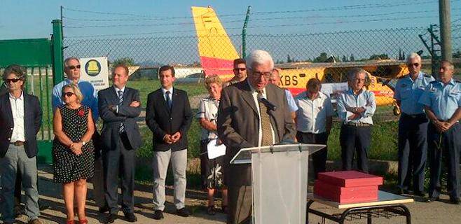 Los pilotos contraincedios reciben un homenaje por el operativo de la Serra
