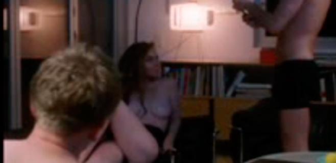 Lindsay Lohan se monta un trío en su última película