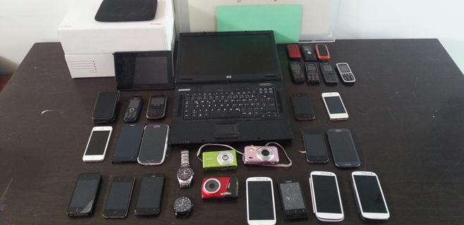Desmantelado en Magaluf un punto de venta de móviles robados